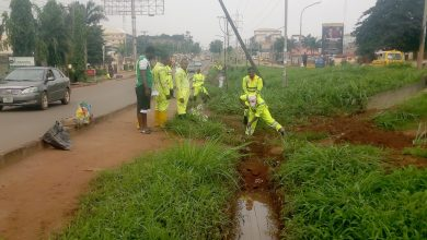 Photo of ENUGU RESIDENTS COMMEND ECTP FOR DESILTING DRAINAGES, URGES ESWAMA TO ENSURE REFUSE PACKERS WEAR PERSONAL PROTECTIVE EQUIPMENT